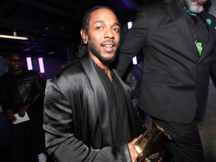 Kendrick Lamar Net Worth 2021 Bio Age Height Richest Rappers Compare his height, weight, eyes, hair color, shoe size, religion, family, sexual orientation with other celebs. kendrick lamar net worth 2021 bio